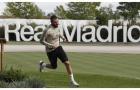 Phương án dự phòng của Benzema nằm cáng, Zidane vẫn thản nhiên