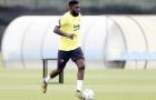 HLV Barca cứu Umtiti 'một bàn thua trông thấy'