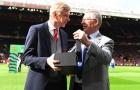 Hé lộ dòng chữ trên kỷ niệm chương Sir Alex tặng HLV Wenger