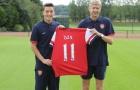 Nhờ cuộc gọi lúc 2h sáng của HLV Wenger, Arsenal mới có được Ozil