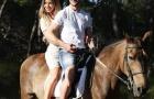 Hậu World Cup, Rakitic vui thú cưỡi ngựa cùng vợ yêu