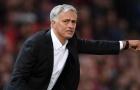 Neville: 'Mourinho gặp khó ở Man Utd chỉ vì cái tên này'