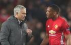 Tại sao Anthony Martial là cầu thủ duy nhất bị Mourinho phạt?