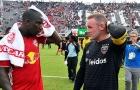 Hat-trick của Wright-Phillips che mờ bàn thắng 1 chạm đẳng cấp của Rooney