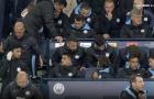 SỐC! Guardiola giận dữ hét vào mặt John Stones và đập ghế trong cơn thịnh nộ