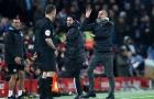 Fan Liverpool mỉa mai: 'Không có tiền, ông ấy không thể dẫn dắt ai được'