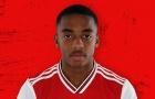 Sau Ozil, fan Arsenal tìm ra người tàng hình mới