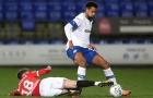 CHÍNH THỨC! Man Utd đem hậu vệ cho mượn dù hàng thủ mỏng manh
