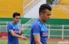Tiền vệ Hoàng Thịnh phải tập riêng trước khi sang Indonesia