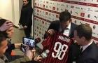Buffon: 'Tôi đã đổi áo với Chiesa, George Weah, Maldini và con trai họ'