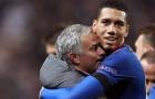 Mourinho ra tay, 'giải cứu' trò cũ khỏi Manchester United
