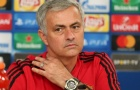 'Mourinho phải kí 5 bản hợp đồng nữa sau Fred và Dalot'