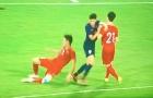 'Thẻ đỏ của Supachai là hệ quả của việc bị U23 Việt Nam dồn ép'