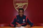 CHÍNH THỨC: Arsenal ký hợp đồng với người khiến Emery 'phát rồ'