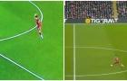 Bóng đã chạm tay Van Dijk ở bàn mở tỷ số của Mane?