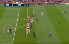 Mustafi và Luiz 'diễn trò hề' khiến NHM Arsenal khóc thét