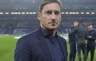 Huyền thoại Totti bất ngờ 'thả thính' Messi
