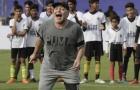 Maradona chỉ xem Montella như... 'đồ điên'