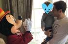 Casillas trở về tuổi thơ tại Disneyland