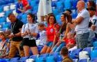 Dàn WAGs tuyển Anh khoe sắc trên khán đài trận Panama