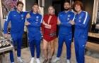 Đi sự kiện, dàn sao Chelsea đua nhau 'kèm chặt' siêu mẫu ngực khủng