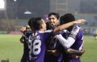 HLV trưởng Hà Nội FC nói gì về pháo sáng?