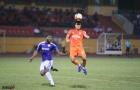 Hà Đức Chinh lạc lõng trong đội hình của SHB Đà Nẵng