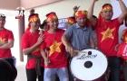 CĐV Việt Nam 'cháy hết mình' với thầy trò Hữu Thắng