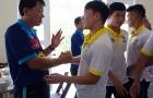 """""""Chiến"""" gà hầm sâm, Công Phượng và đồng đội đặt mục tiêu có huy chương V-League 2018"""