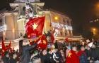 'Biển người' đổ xuống đường ăn mừng chiến thắng U23 Việt Nam