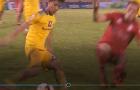 'Máy chém' Sầm Ngọc Đức suýt khiến 'sao' U23 Việt Nam gãy chân
