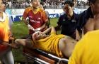 Trung vệ SLNA 'ngất lịm' sau trận đấu trên sân Pleiku