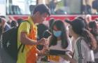 Fan đổ bộ lên sân bay, U23 Việt Nam chính thức lên đường chinh phục ASIAD 2018
