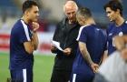 Thầy Beckham, Gerrard họp chiến thuật mơ đánh bại Việt Nam trên sân Mỹ Đình