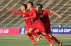 Thủ tướng Nguyễn Xuân Phúc động viên U22 Việt Nam trước trận bán kết gặp Indonesia