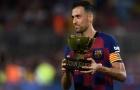 Suarez 'thân mật' với sao Arsenal trong ngày Barca giành cúp Joan Gamber