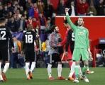 ĐHTB lượt đi vòng 16 đội Champions League: Nước Anh nở mày, nở mặt