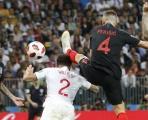 Perisic mắc lỗi cao chân, tuyển Anh nhận bàn thua oan uổng?