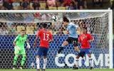 5 điểm nhấn Chile 0-1 Uruguay: Sao MU mất tích, sự cao tay của Tabarez