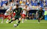 Hưởng lợi từ công nghệ VAR, Australia kiếm về 1 điểm trước Đan Mạch