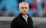 Jose Mourinho tái xuất sai thời điểm, sai luôn cả địa điểm