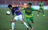 Ngoại binh tỏa sáng, Hà Nội bay cao trên ngôi đầu V-League 2018