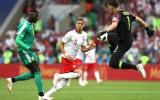Ba Lan 'tự sát', Senegal không cần đến phép thuật của Mane