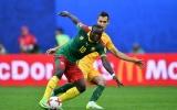 Cống hiến mãn nhãn, Cameroon hòa Australia đầy kịch tính