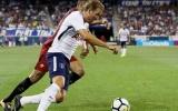 AS Roma đánh bại Tottenham trong phút bù giờ đầy kịch tính