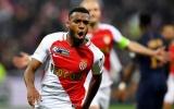 Man Utd bất ngờ theo đuổi mục tiêu của Arsenal
