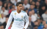Florentino Perez sẵn sàng để Man Utd tiếp cận Varane