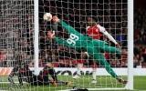 Thần tài Welbeck tỏa sáng, Arsenal chật vật vượt ải AC Milan