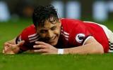 Sanchez và Mourinho: Lùi lại để tiến xa hơn