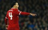 Mọi người đang nhầm tưởng Van Dijk là trung vệ xuất sắc nhất Liverpool